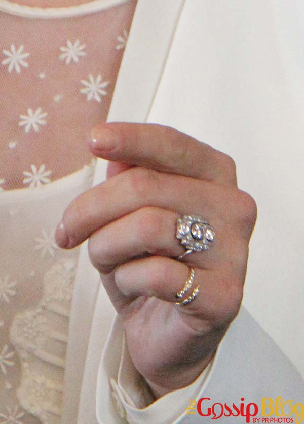 Scarlett Johansson, Engagement Ring