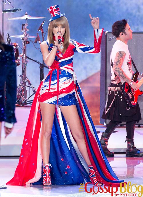 Taylor Swift 2013 Victoria's Secret Fashion Show