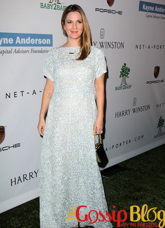 Drew Barrymore Honored at 2nd Annual Baby2Baby Gala