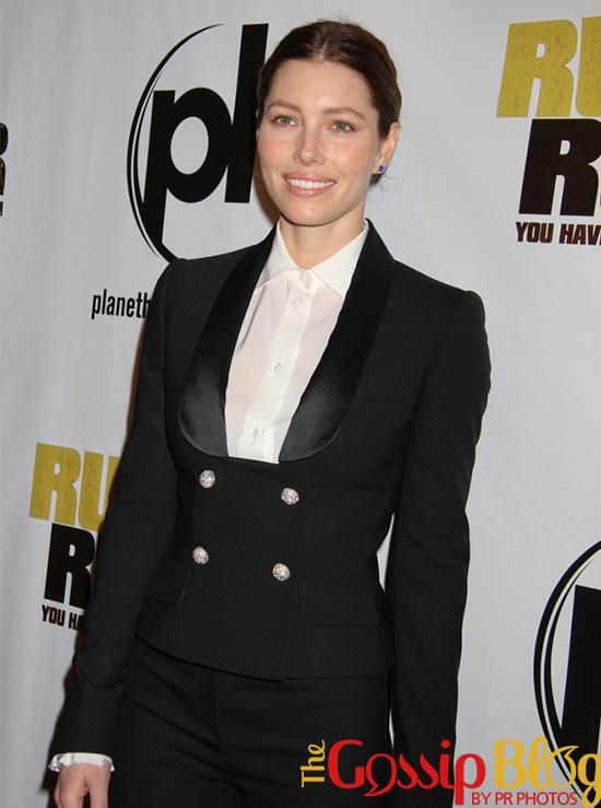 Jessica Biel at 'Runner Runner' World Premiere