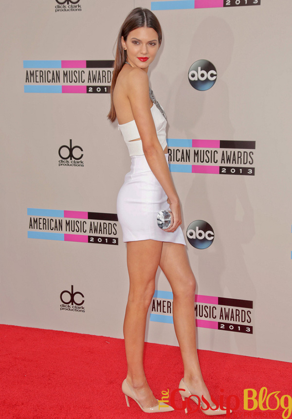 Kendall Jenner attends 2013 AMAs