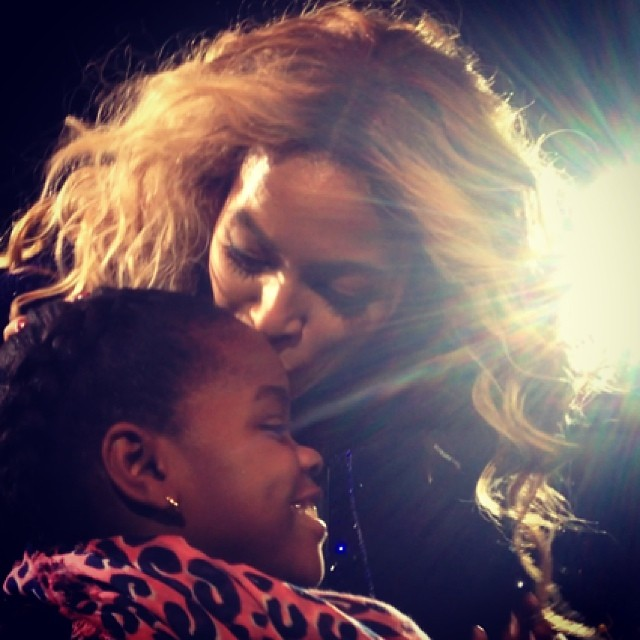 beyonce kisses madonna daughter mercy