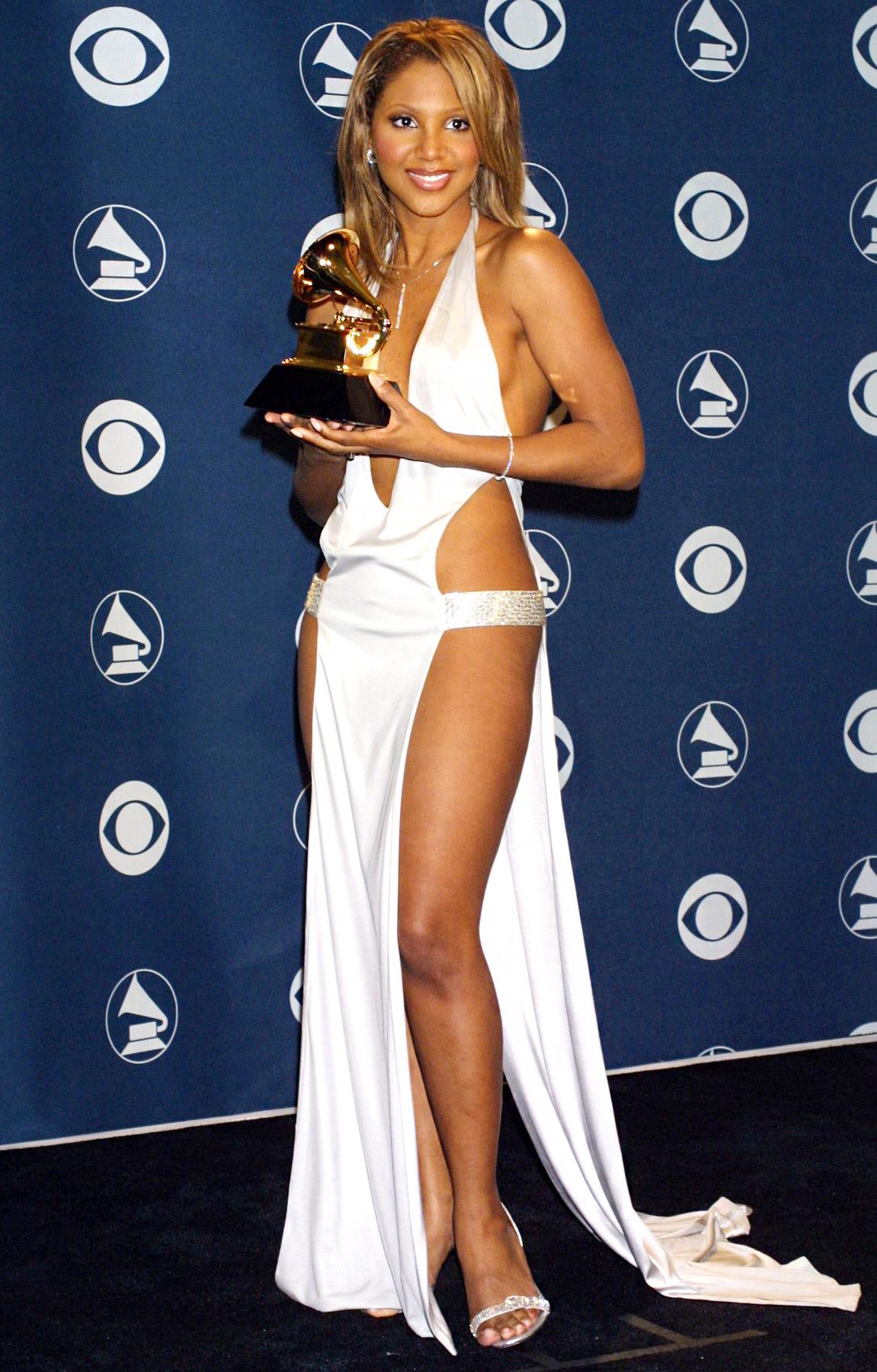 toni braxton 2001 grammy dress