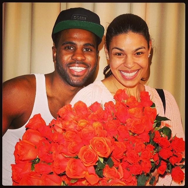 jason derulo gives roses to jordin sparks
