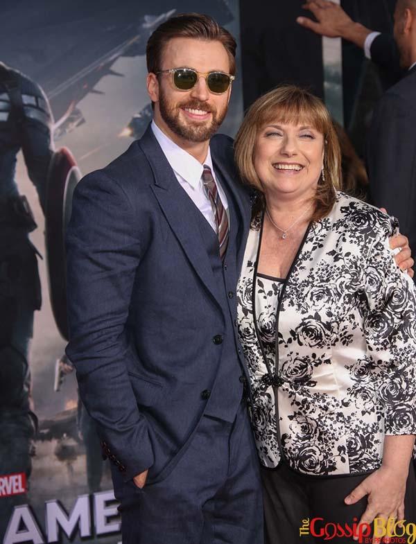 Chris Evans Captain America The Winter Soldier Los Angeles Premiere
