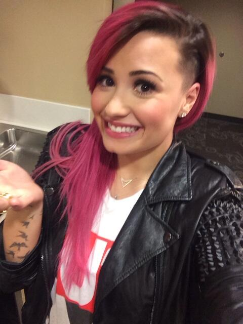 demi shaved head