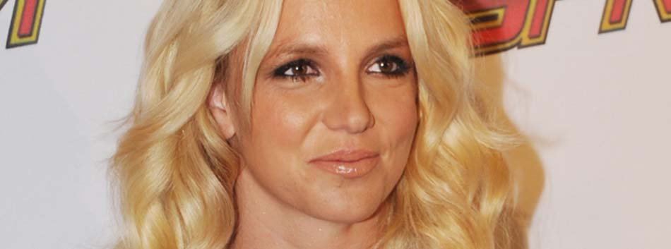 Britney Spears, Art Therapy, Children's Hospital