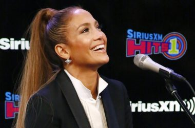 Jennifer Lopez JLo Moisturizer cream