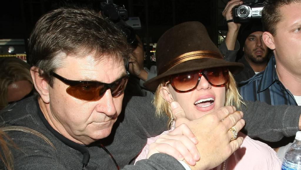 Britney Spears asks court to remove fathers control from personal and professional life